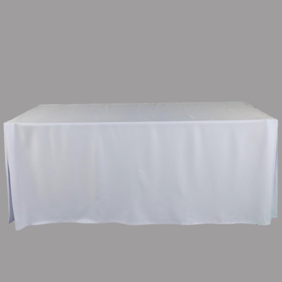 โต๊ะเหลี่ยม 1.80พร้อมผ้าคลุมสีขาว