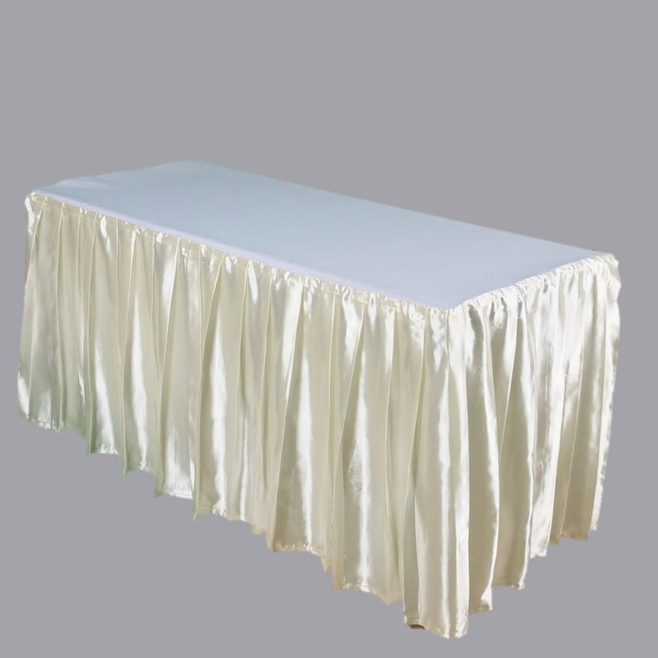 ให้เช่าโต๊ะเหลี่ยม1.50ผ้าคลุมครีม